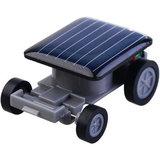 Zwarte speelgoed auto op zonne-energie Solar Powered car autootje_