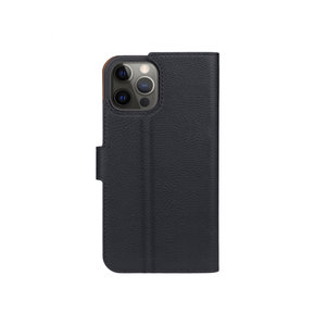 Xqisit Slim Wallet Selection Anti Bac kunststof hoesje voor iPhone 12 en iPhone 12 Pro - zwart